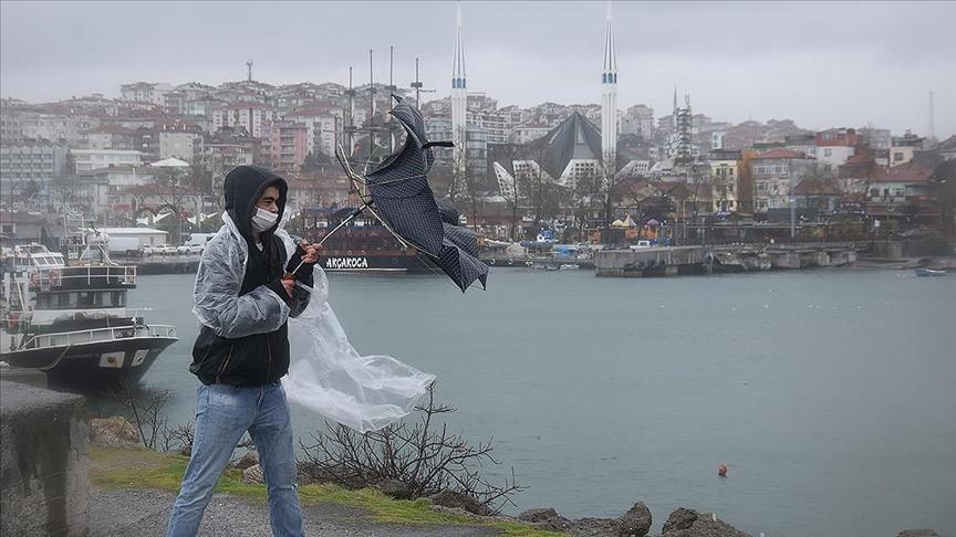 Batı Karadeniz Bölgesi ve bazı illerde yarın gök gürültülü sağanak bekleniyor