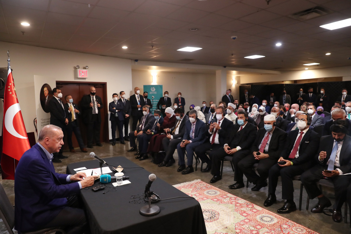 Cumhurbaşkanı Erdoğan, ABD'deki Türk vatandaşları ile bir araya geldi
