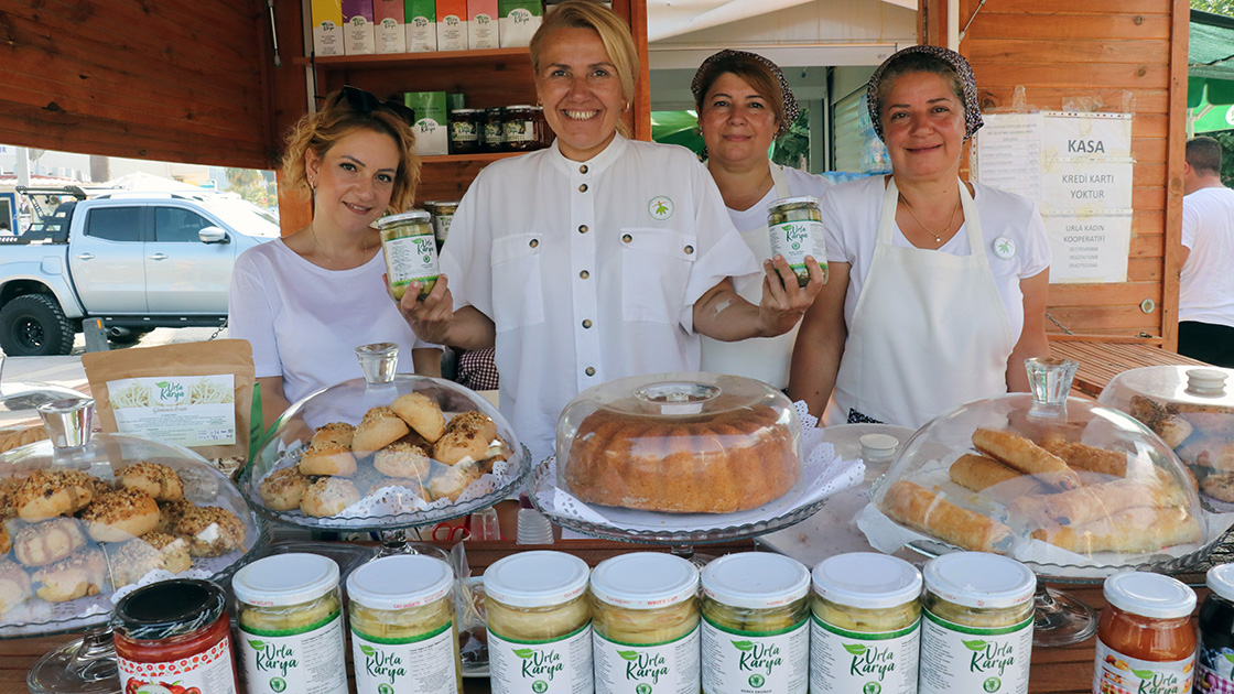 Urla'daki kadın kooperatifi ilk ihracatını yaptı
