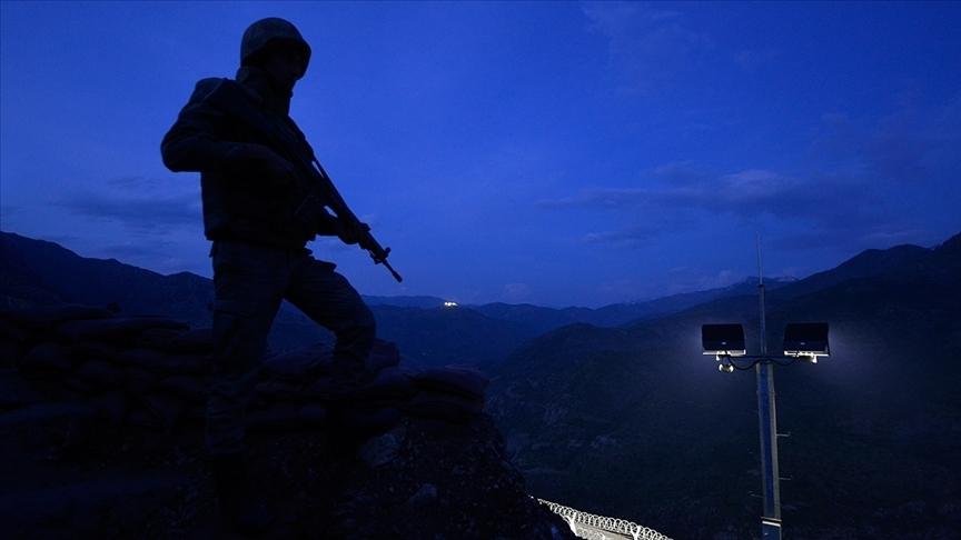Diyarbakır'da bombalı saldırı hazırlığındaki PKK'lı terörist yakalandı