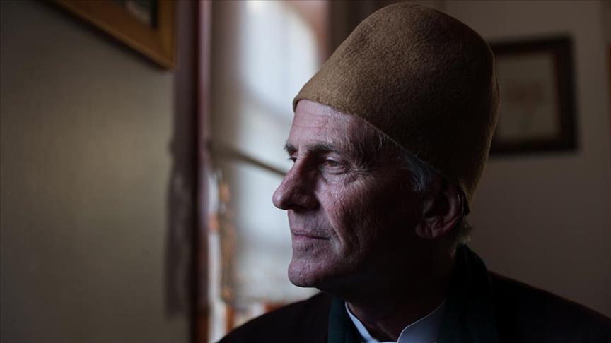 Mevlana'dan etkilenen ABD'li Katolik papaz Müslüman olup Konya'ya yerleşti