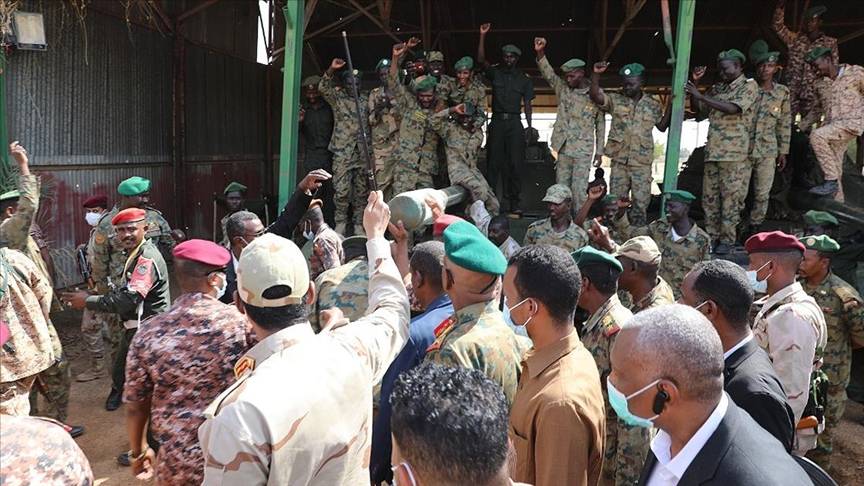 Sudan'da iktidar ortağı ÖDBG, orduyu demokratik geçişten caymakla suçladı