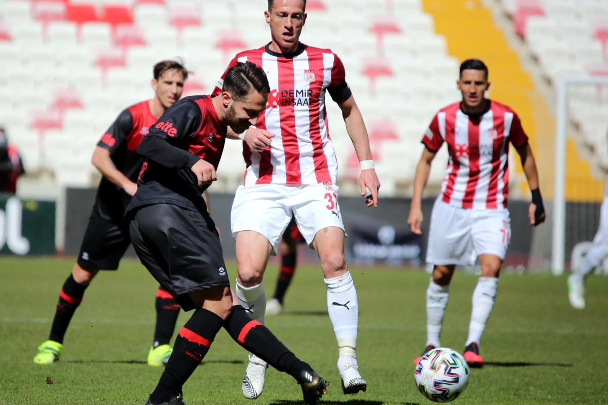 Sivasspor ile Fatih Karagümrük 5. randevuda