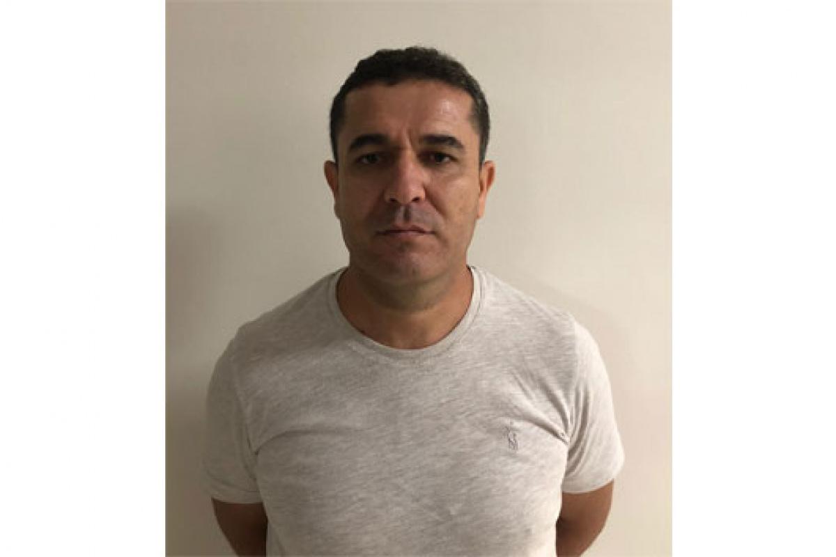 FETÖ'nün medya imamı polis uygulamasında yakalandı