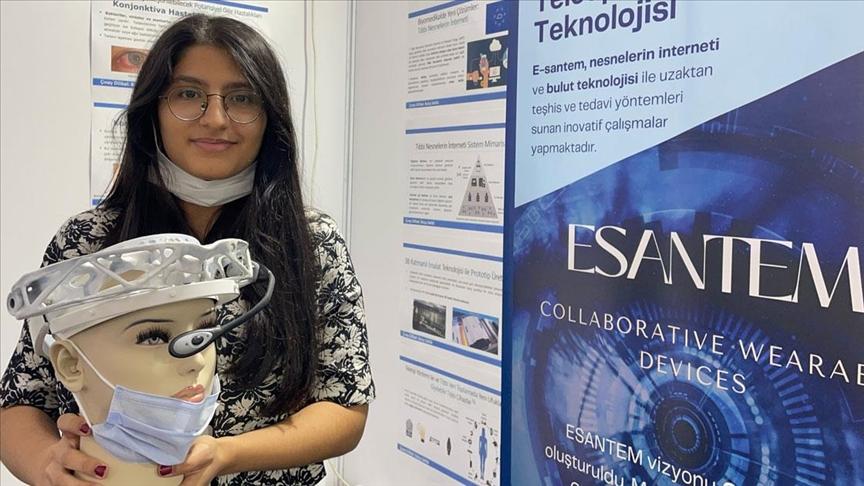 Lise öğrencisinin göz hastalıklarına uzaktan teşhis sağlayan cihazı TEKNOFEST'te