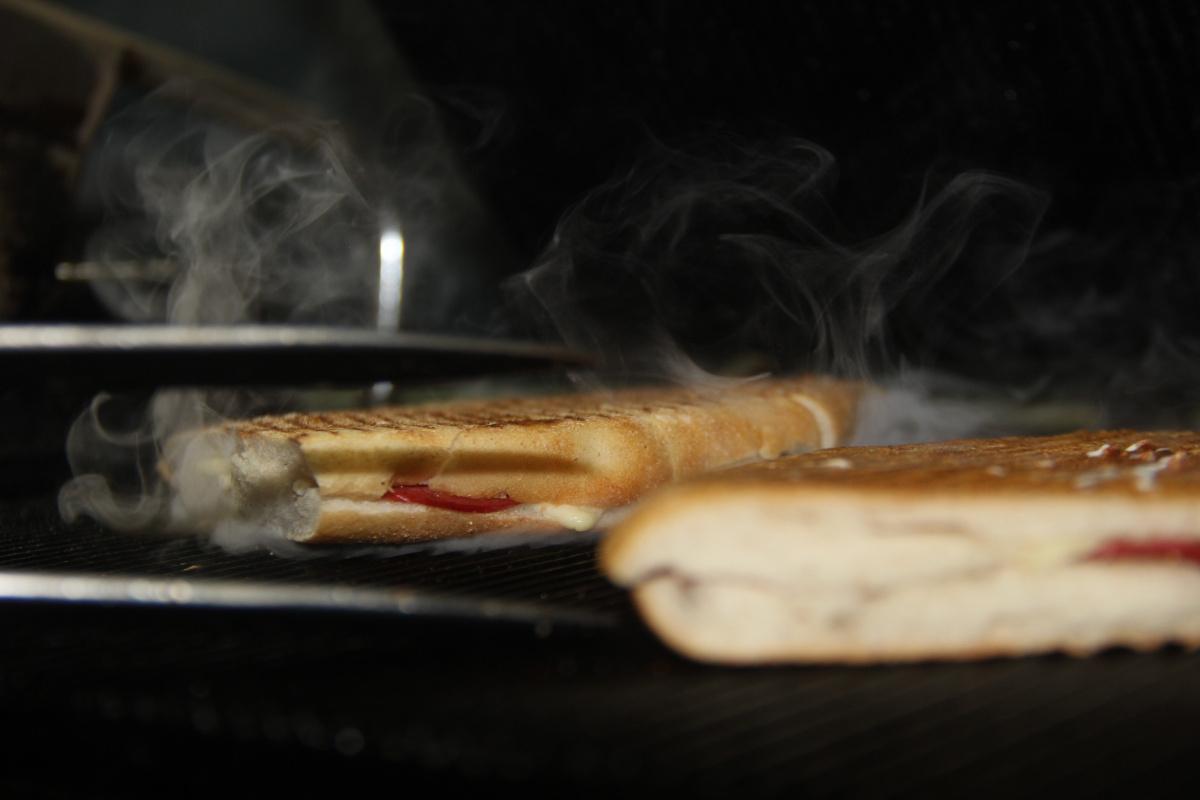 Yarım asırdır aynı tostu yapıyor