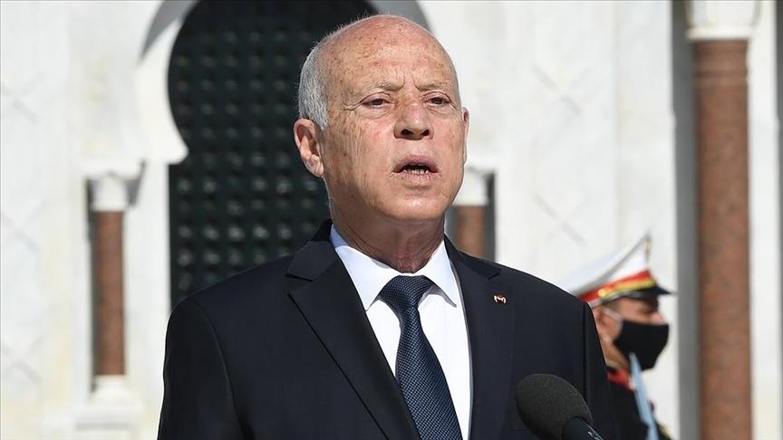 Tunus Cumhurbaşkanı Said'in son kararlarıyla Anayasa'yı askıya aldığı belirtiliyor
