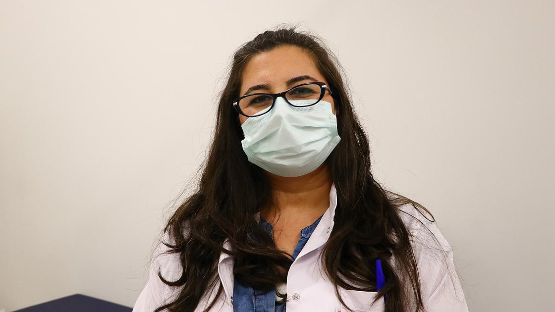 Hamilelik sürecinde Kovid-19'a yakalanan anneden 'aşı olun' çağrısı
