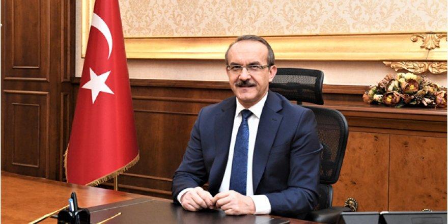 Kocaeli Valisi Seddar Yavuz'un Türk Dil Bayramı Kutlama Mesajı