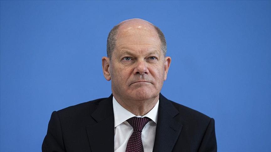 Almanya'da SPD, Yeşiller ve FDP'yi koalisyon görüşmeleri yapmaya davet etti
