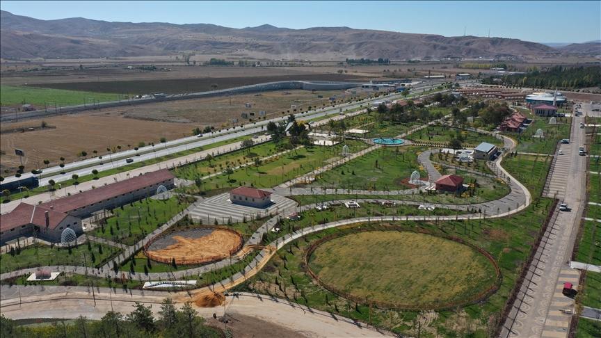 Sivas'ın 100 milyon liralık vizyon projesi 'Hamidiye Park' kapılarını açıyor