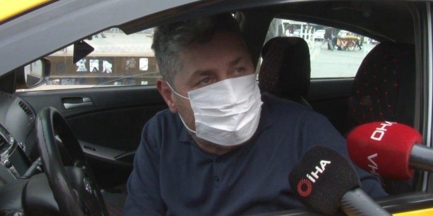 İstanbul'da yolcu seçen taksi sürücüsü: 'Taksim Meydan'da 50 Euro'ya yolcu taşıyorlar'