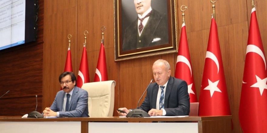 İl İstihdam ve Mesleki Eğitim Kurulu Toplantısı, Vali Yardımcısı Aslan Avşarbey'in başkanlığında gerçekleştirildi.