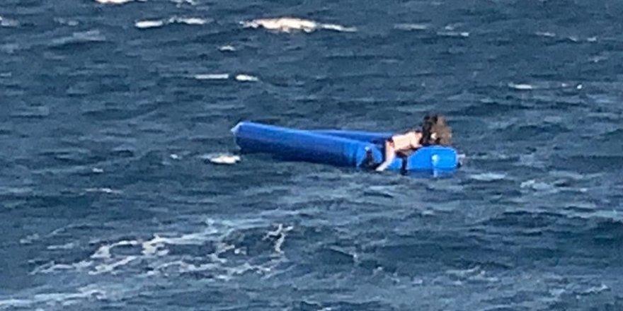 Yunanistan'da göçmenleri taşıyan tekne battı: 4 çocuk boğuldu