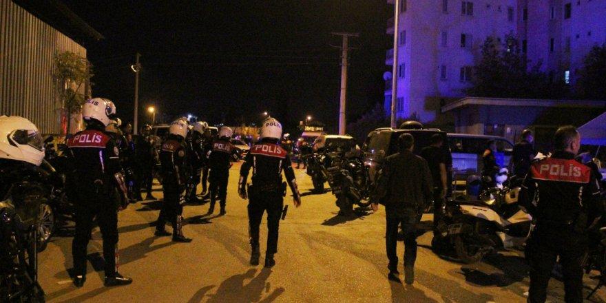 Antalya'da sokak düğünü değil savaş yeri
