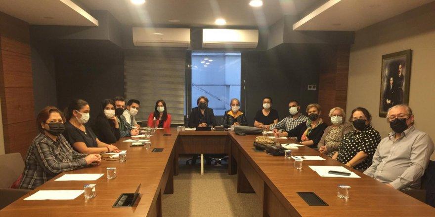 Gençlerin kitaplara ücretsiz ve kolay erişimi içinCHP Kocaeli'den kitap okuma etkinliği