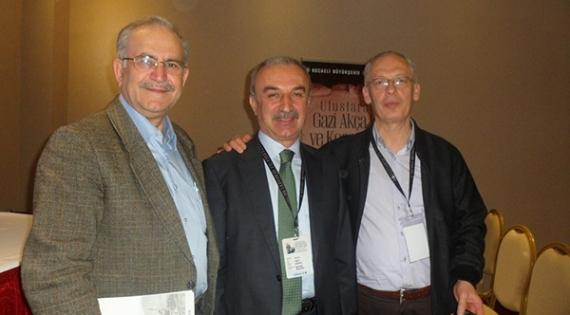 Akçakoca sempozyumu 38 sene sonra yurt arkadaşlarını buluşturdu