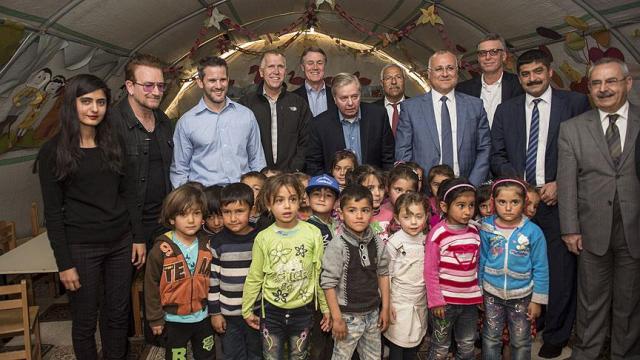 ABD'li Senatörler Suriyeli Sığınmacıları Gaziantep'te Ziyaret Etti
