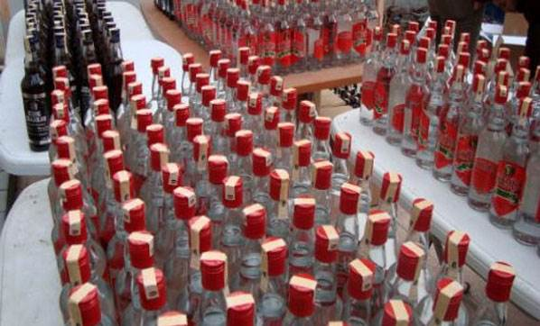 Sahte İçki Operasyonunda Günde 2 Ton Üretim Kapasiteli Makina