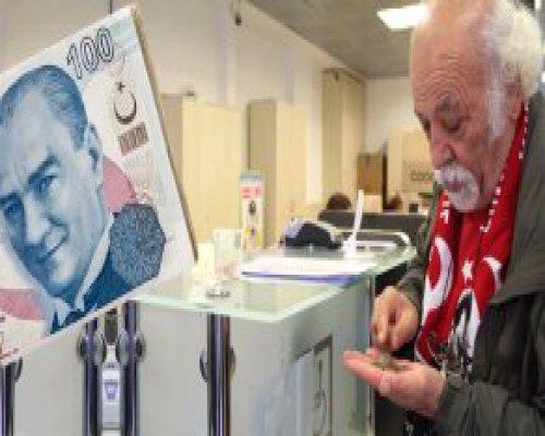 Emeklilik İçin Yaşı Bekleyen Bağ-Kur'lunun Emekli Maaşı Düşüyor
