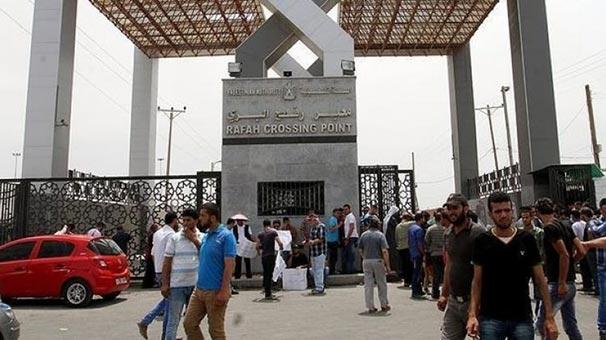 Refah Sınır Kapısı 1 günlüğüne tek yönlü açıldı