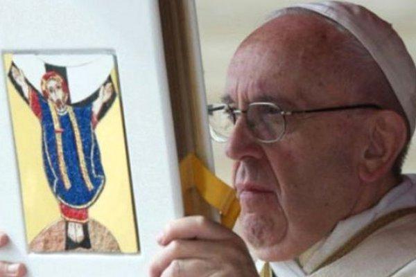 Vatikan'ın Çocuk Tacizini Engellemek İçin Çıkardığı Yasa Yürürlükte