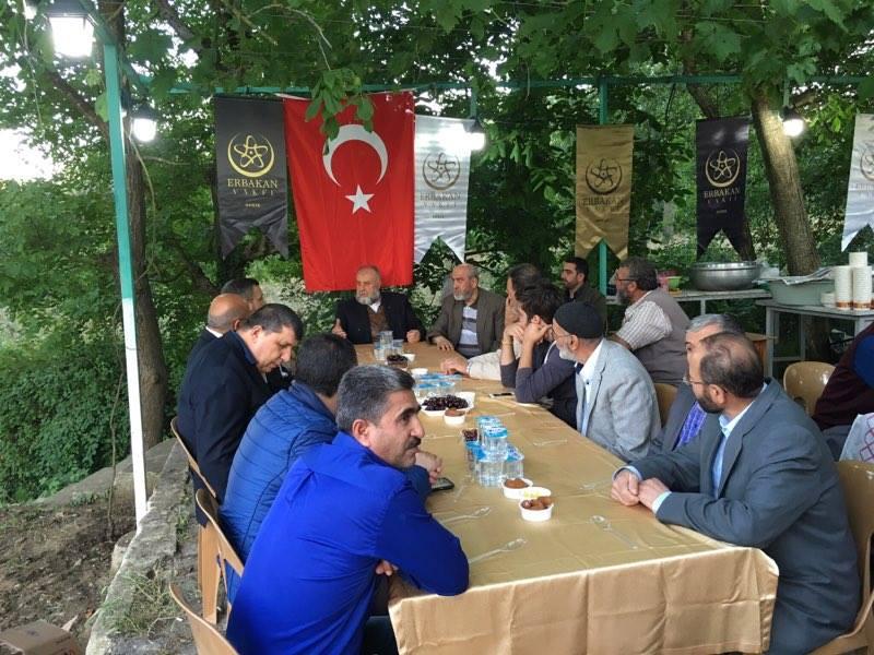 Gebze Erbakan Vakfı'ndan görkemli iftar yemeği