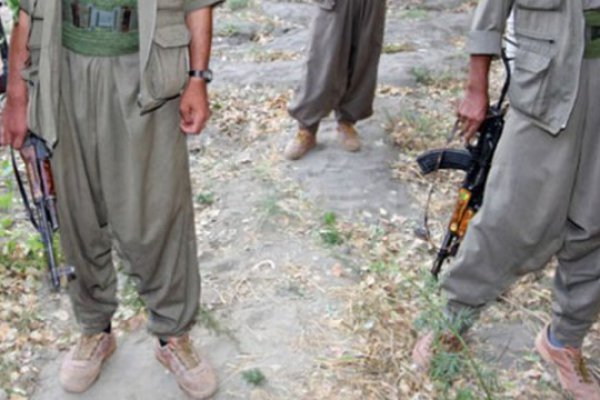 Terör Örgütü PKK 3 Teröristi Öldürdü !