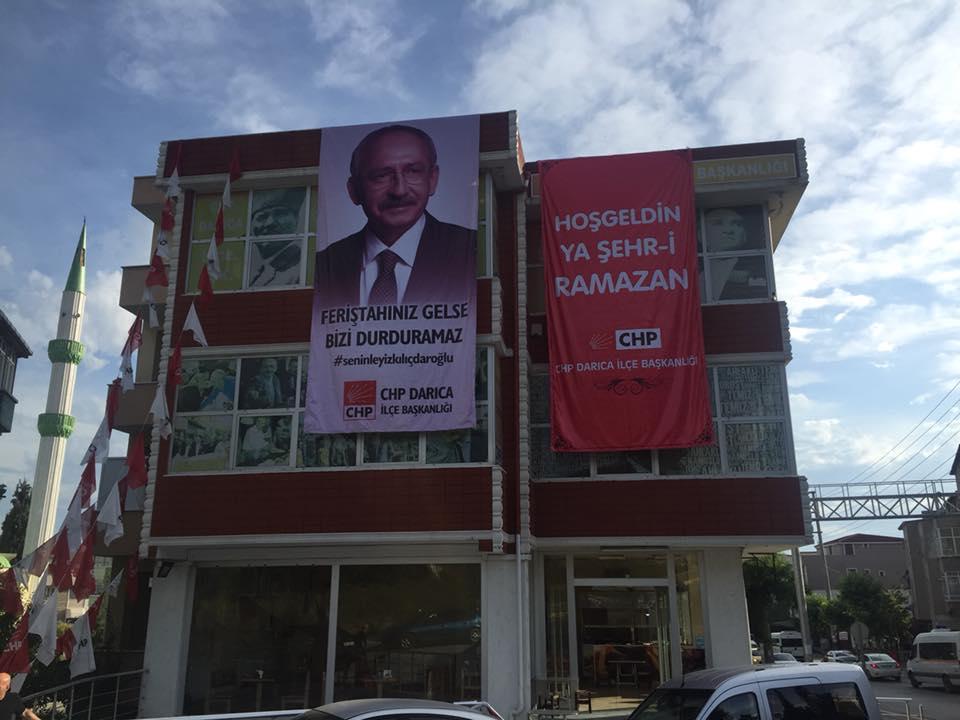 CHP DARICA'DAN KILIÇDAROĞLU'NA PANKARTLI DESTEK