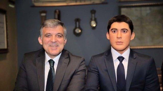 Abdullah Gül, kendisiyle fotoğraf çektirdi