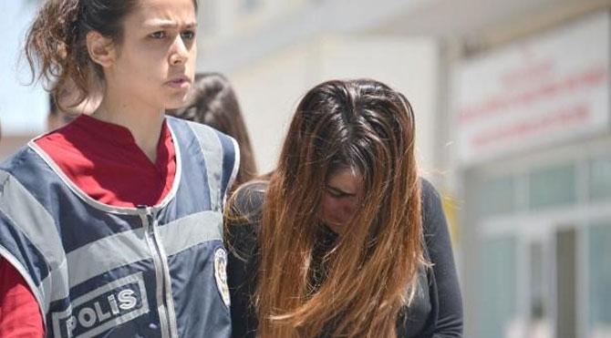Eski sevgilisini yeni sevgilisine dövdüren kıza hapis