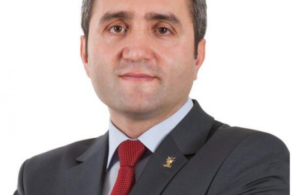"""AKP İSTANBUL İL BAŞKANI: """"ALKOL ŞİŞESİYLE SAVUNMAYA GELDİLER"""""""