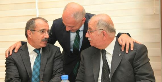 Başkan Akbaş, Ömer Dinçer'le görüştü
