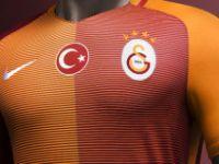 Galatasaray macerası kısa sürdü! Takımdan ayrıldı