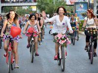 10 şehirde Süslü Kadınlar Bisiklet Turu