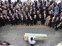 Kılıçdaroğlu cemevindeki cenaze törenine katıldı