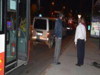 Otobüste dehşet! Yolcuları tinerle yakmaya çalıştı
