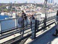 Ünlü sanatçı köprüde hayat kurtardı