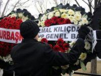 Kılıçdaroğlu'nun Adını Şehit Cenazesinde Söküp Attılar