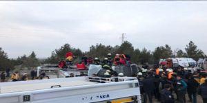 Polisleri Taşıyan Servis Aracına Saldırı: 3 Polis Şehit, 3 Polis Yaralı