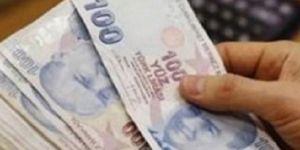 Emekliler zamlı maaşlarını almaya başladı
