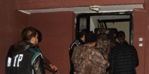 Polisin aylarca izlediği uyuşturucu şebekesine Özel Harekat baskını