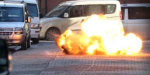 Saldırganın kaçarken bıraktığı el bombası patlatıldı