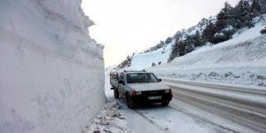 Kar kalınlığı 3 metreye ulaştı