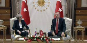 İngiltere Başbakanı ile Görüşen Erdoğan: Süreç Farklı Konuma Gidecektir