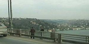 Fatih Sultan Mehmet Köprüsü'nde intihar girişimi trafiği felç etti