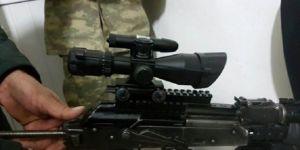 PKK'ya ulaştırmak için aracın içine zulaladılar!