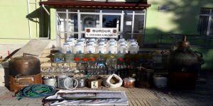 Sahte içki imalathanesine baskın