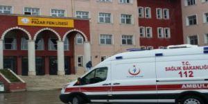 Rize'de arkadaşı tarafından lisede bıçaklanan genç öldü