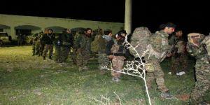 Teröristlerle indirme yapan ABD askerleri görüntülendi